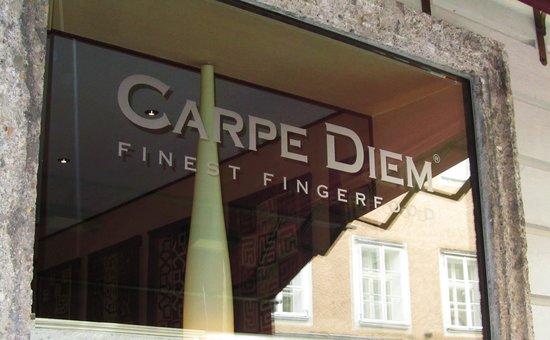 Carpe Diem Finest Fingerfood: Front Window