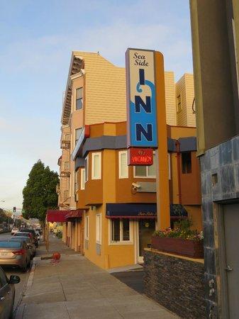 Seaside Inn: Blick auf das Motel