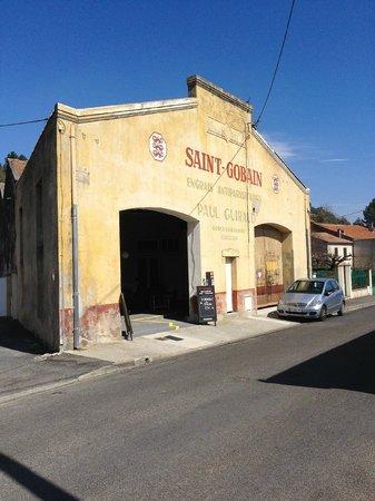 Le Saint Gobain: buiten aanzicht