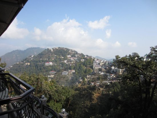 Hotel Madhuban Highlands: View from the balcony
