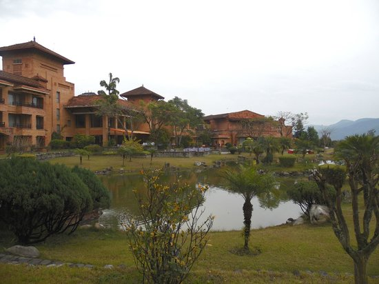The Fulbari Resort & Spa : The grounds