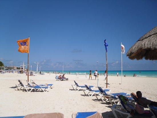 Allegro Playacar: beach