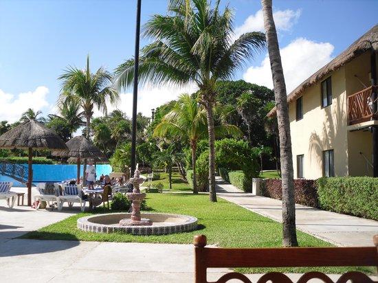 Allegro Playacar: hotel site