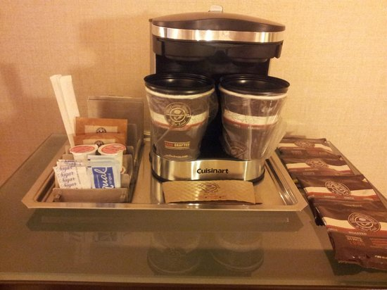 Hilton Los Angeles Airport: In Room Coffee