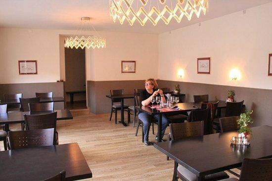 Auberge Communale de la Couronne: sala colazione