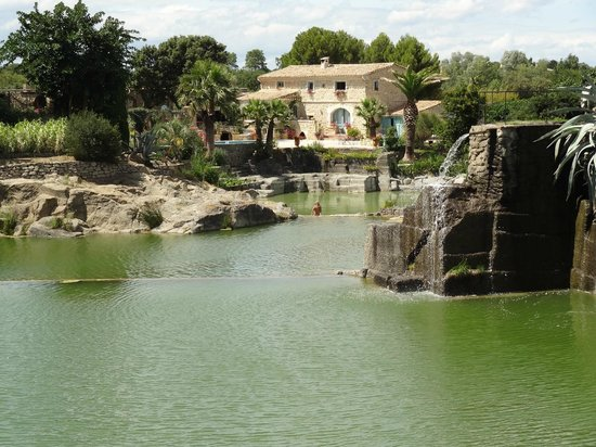 Vue d 39 ensemble photo de le jardin de saint adrien servian tripadvisor - Les jardins de saint adrien ...