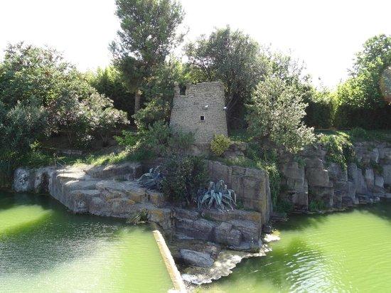 Croix du languedoc photo de le jardin de saint adrien servian tripadvisor - Jardin de saint adrien ...