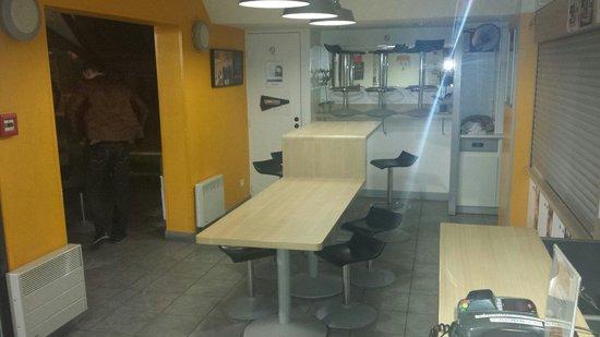 hotelF1 Geneve Aeroport Ferney Voltaire: La salle a manger