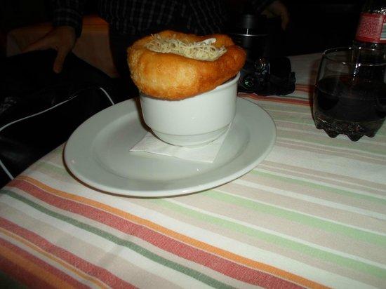 Menza : sopa de cebola