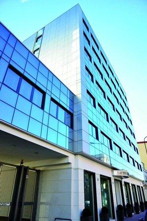 Hotel Cristina: Entrance