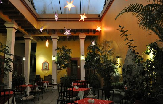 Hotel Aitana : Spisesalen, i direkte tilknytning til resepsjonen