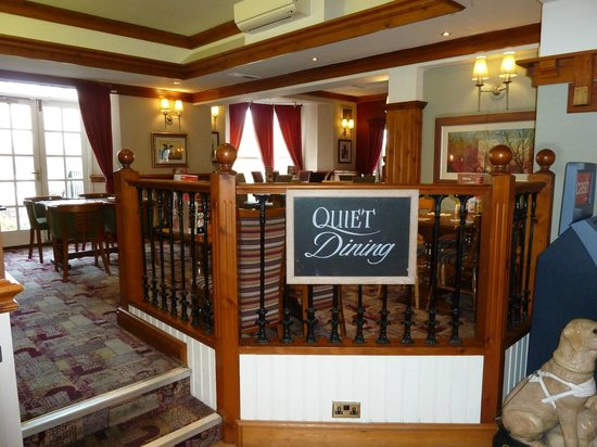 Premier Inn Boston Hotel: Quiet dining area