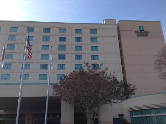 Embassy Suites by Hilton Raleigh - Durham/Research Triangle: The hotel