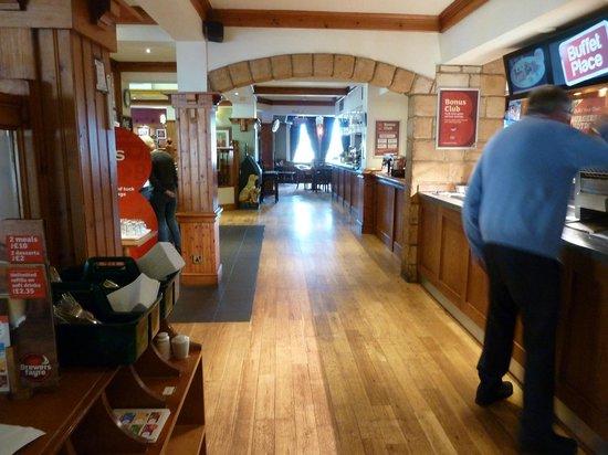 Premier Inn Boston Hotel: Breakfast area