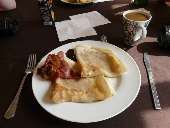 Red Chilli Hideaway: Breakfast