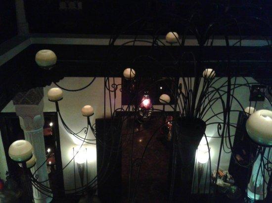 Le Foundouk : The enormous chandelier
