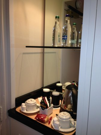 Marriott Forest of Arden Hotel & Country Club: Tea & Coffee Facilities
