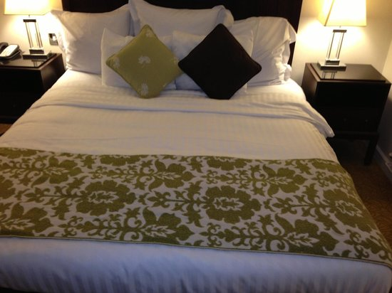 Marriott Forest of Arden Hotel & Country Club: Bed