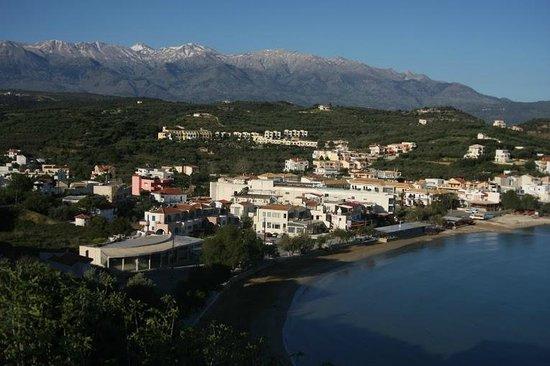 Villa Dina: Вид на Альмириду