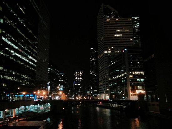 Hostelling International Chicago: The Chi..