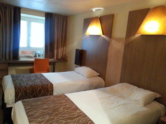 Hotel Carre Vieux Port Marseille: my room