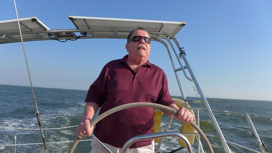 Charleston Sailing Private Day Charters : Captain Tom