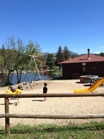 Spruce Lake RV Park : Kids play area