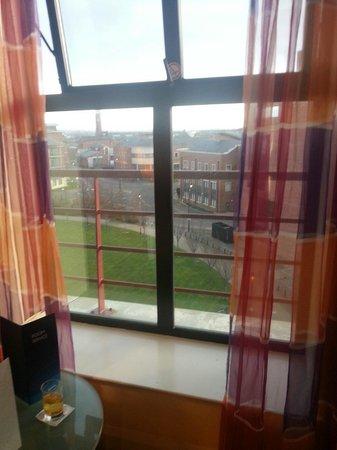 Radisson Blu Hotel, Belfast: Great window seat