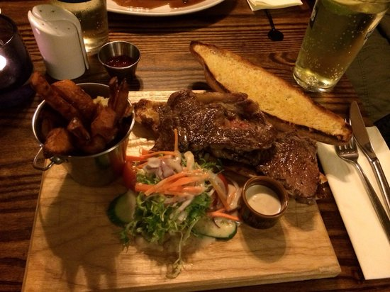 The Bull's Head: Chargrilled steak sarnie. Delicious