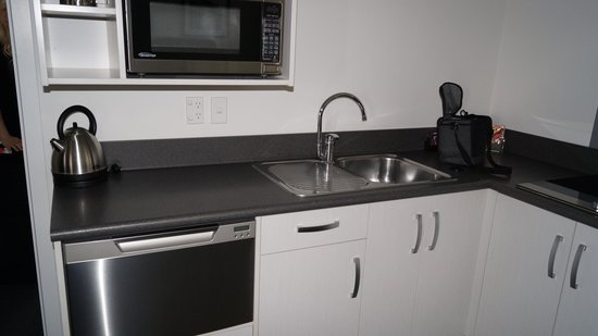 Matamata Central Motel: kitchen if you want to cook!