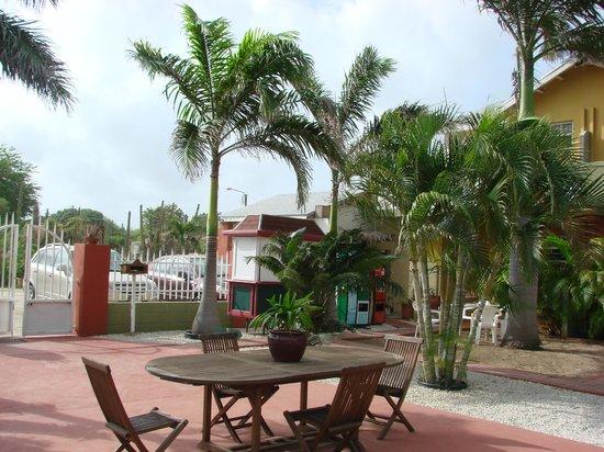 Cunucu Villas: Tropical Garden