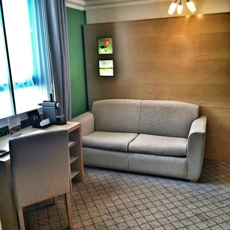 The Cumberland : Junior Suite