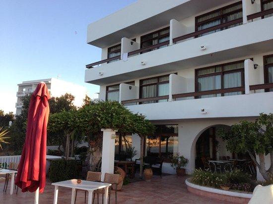 Hostal MarBlau Ibiza: Terraza