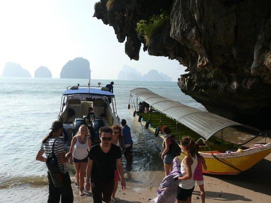 SweetDreamers Charters - Private Day Trips: James bond island