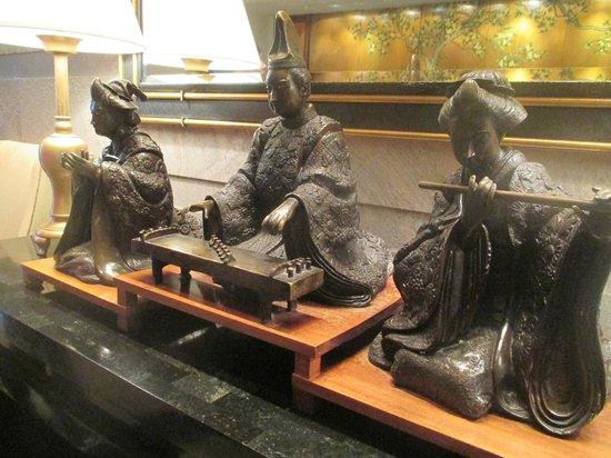 Conrad Hong Kong: Lobby Art