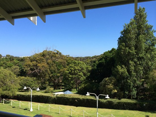 Seashells Yallingup: View over the gardens of Caves House