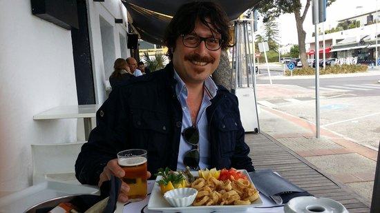 Plato Al Centro: Calamari e alici fritte