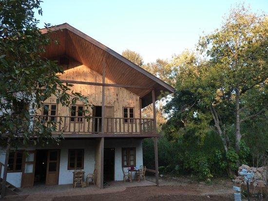 Thitaw Lay House, gezien vanuit de tuin (93637518)