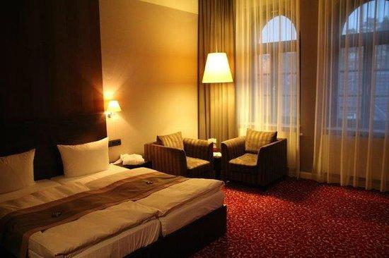 Schlosshotel Blankenburg/Harz: Zimmer sind sehr großzügig geschnitten