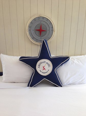 Argonaut Hotel, A Noble House Hotel: Argonaut pillow/headboard
