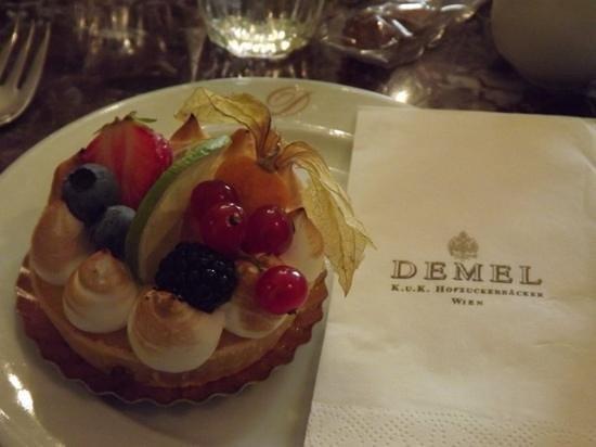 Historisches Zentrum von Wien: A treat from Cafe Demel