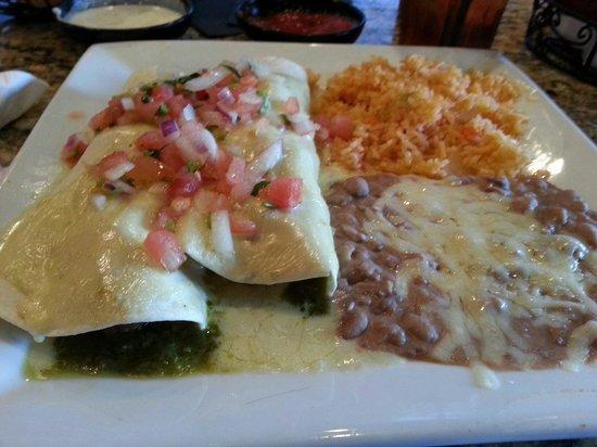 La  Tolteca: Burritos Verda.