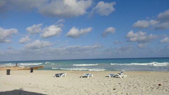 Melia Las Americas: the beach