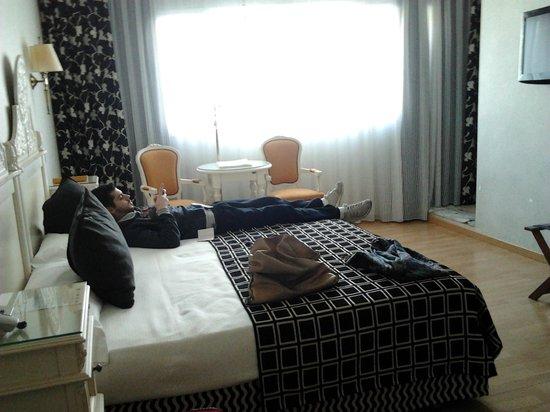 Salles Hotel Pere IV: camera