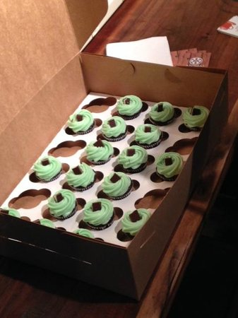 Omaha Culinary Tours: Mint Chocolate Chip cupcakes along a stop on the Old Market Walking Food Tour