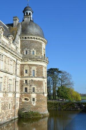 Chateau de Serrant: Un chateau les pieds dans l'eau