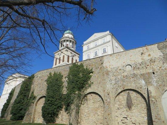Pannonhalma Abbey : аббатство PANNONHALMA