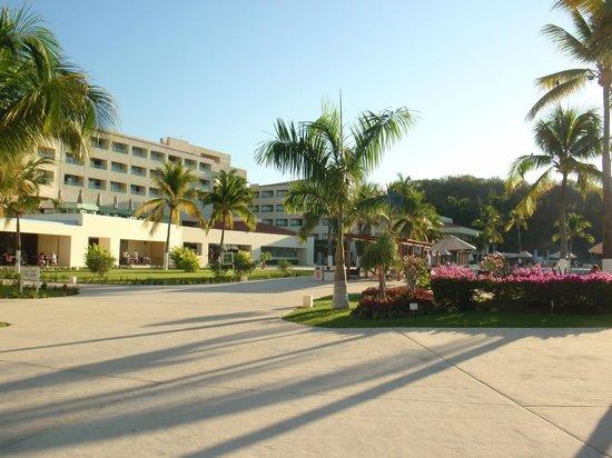 Dreams Huatulco Resort & Spa : Common Area at hotel