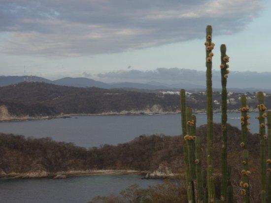 Dreams Huatulco Resort & Spa : Sierra Madre Mts