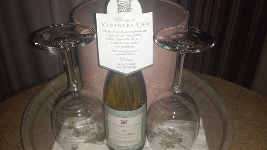 Vintners Inn: Complimentary Wine